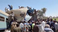 Опубликовано видео искореженных после столкновения в Египте поездов