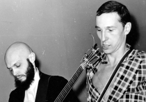Трагическая смерть Александра Липницкого, одного из отцов-основателей легендарных «Звуков Му» и символов золотой поры русского рока, культуролога, просветителя, подвижника, потрясла вопиющей несправедливостью
