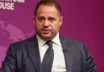 Глава офиса Зеленского заявил о срочных консультациях с политсоветниками