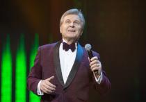 Лещенко резко ответил Собчак на обвинения в заражении коллег коронавирусом