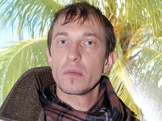 Критик Соседов назвал российских звезд, которые поют под фонограмму