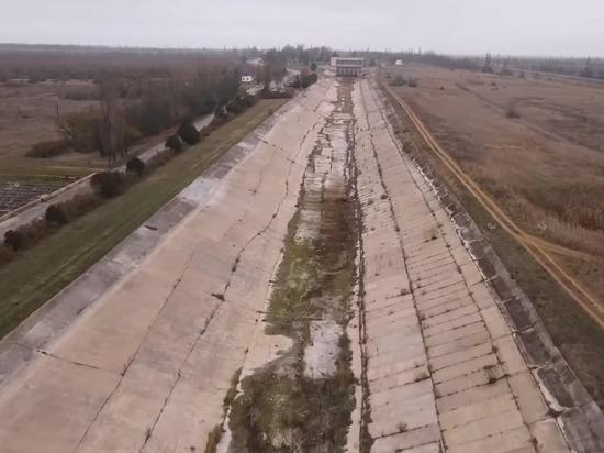 """В Крыму ответили Кравчуку на """"условия снятия водной блокады"""""""