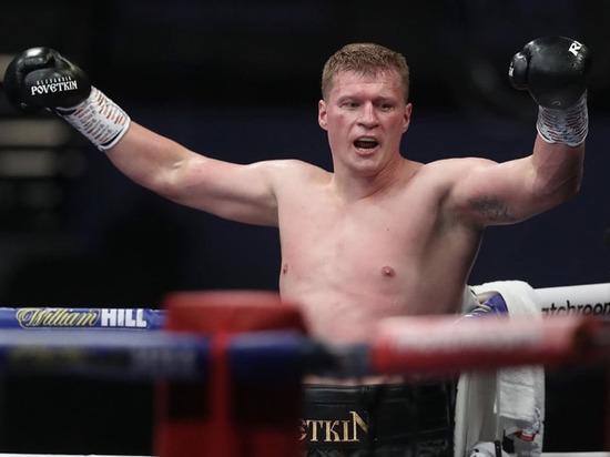 Первая встреча боксеров завершилась досрочной победой Поветкина.