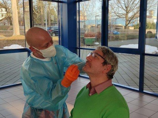 Германия: С 31 марта в магазины и парикмахерские только с негативным тестом