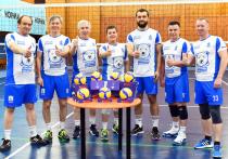 Волейболисты «Северного характера» во главе с Артюховым готовятся к финальному матчу благотворительного турнира