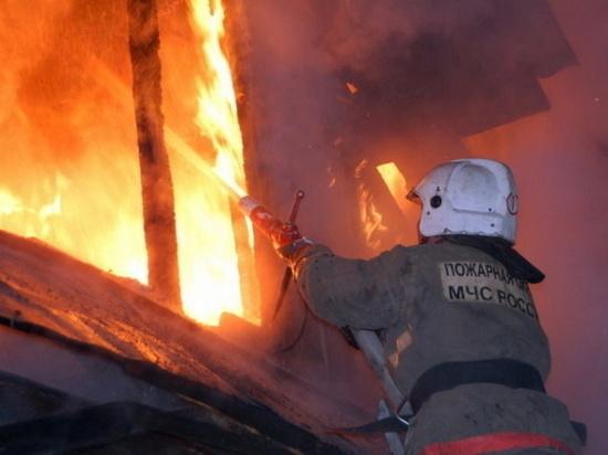 В калмыцкой столице произошло два пожара, погиб один человек