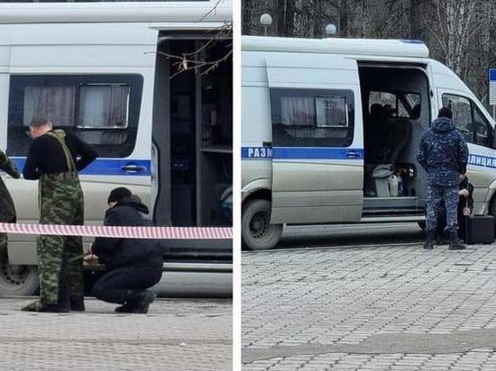 В Тюмени силовики оцепили улицу из-за забытого в автобусе рюкзака