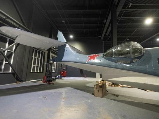 В музее УГМК устанавливают американский морской самолет «Catalina»
