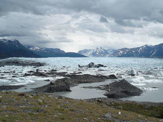 Российский генерал назвал версию крушения на Аляске вертолета с миллиардером