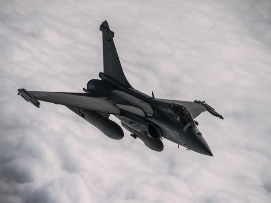 Киев хочет избавиться от советских военных самолетов, несмотря на кризис
