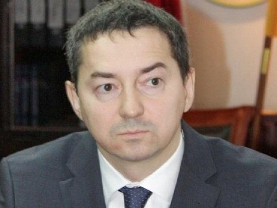 Бывший премьер-министр Калмыкии стал госсоветником третьего класса