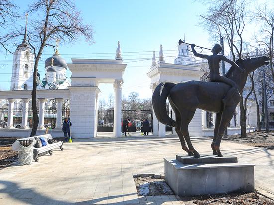 Власти Воронежа очищают столицу региона после зимней спячки