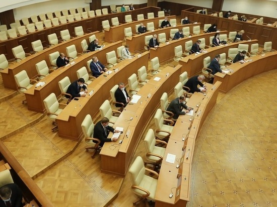 Депутаты Заксобрания проголосовали против референдума о прямых выборах глав свердловских городов