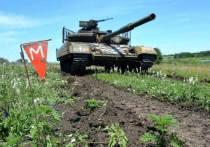 Главком вооруженных сил Украины Руслан Хомчак доложил Верховной раде о решении увеличить группировку войск на линии соприкосновения с Донецкой и Луганской непризнанными республиками, а также на крымском направлении
