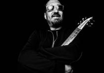 В среду, 31 марта, музыканты и поклонники простятся с Александром Зарецким, лидером коллектива «Старый приятель», скончавшимся от коронавируса