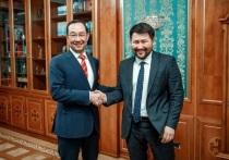 Глава Якутии встретился с избранным мэром Якутска Евгением Григорьевым