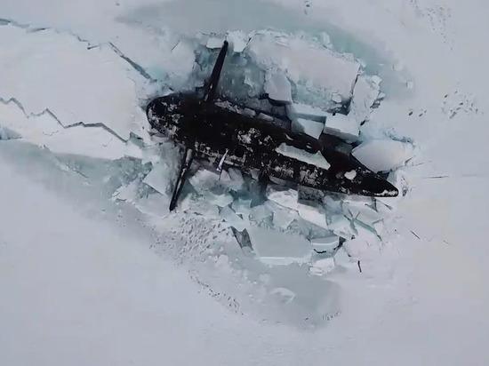 Снимок субмарины из космоса заинтересовал экспертов