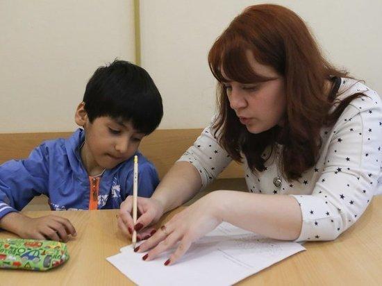 Эксперты рассказали о школьных проблемах детей мигрантов