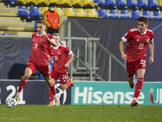 Дания разгромила Россию: Онлайн-трансляция решающего матча молодежного Евро-21