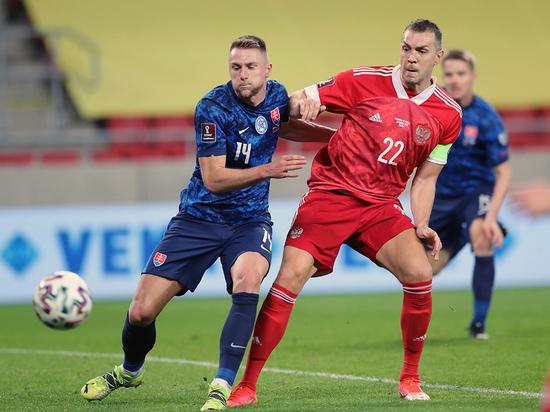 Привет от ветеранов «Зенита»: сборная огорчила в игре со Словакией