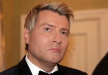 Басков рассказал, как пьяным пел для Ельцина