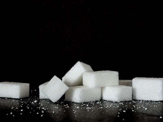 СМИ рассказали о приостановке поставок сахара в торговые сети