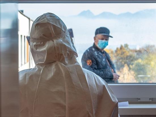 За сутки в Алтайском крае от коронавируса умерло 14 человек