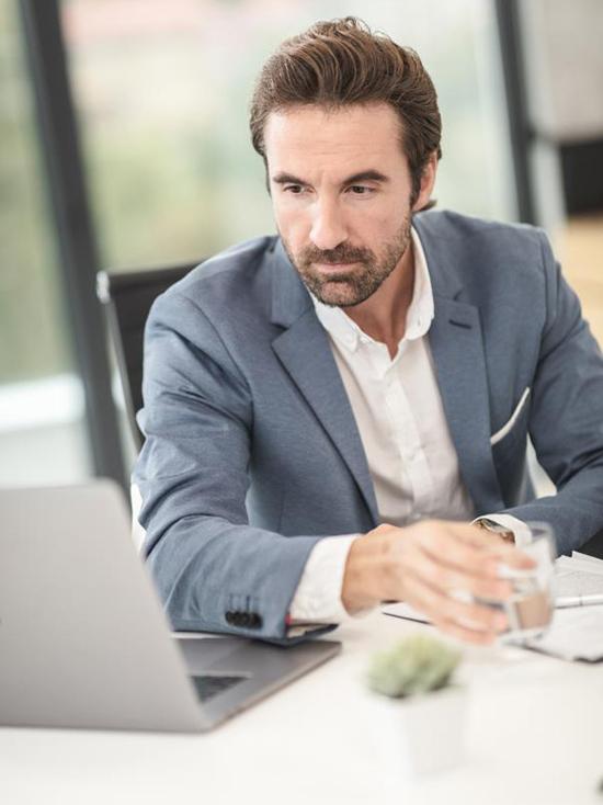 Работодателям напомнили о сроках подтверждения основного вида экономической деятельности – не позднее 15 апреля 2021 года