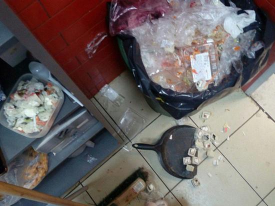 Во Владимире прикрыли на два месяца работу кафе из-за серьезных нарушений