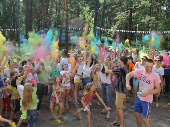 Заполняемость детских лагерей на Алтае увеличат с 50% до 75%