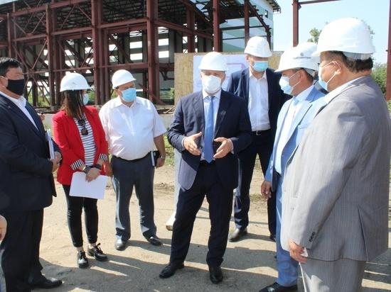 Более 100 мероприятий по строительству и капитальному ремонту реализуются в Усть-Ордынском Бурятском округе
