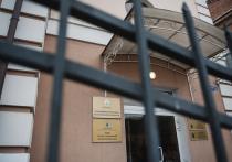 По факту обрушения ангара в Астраханской области возбуждено уголовное дело