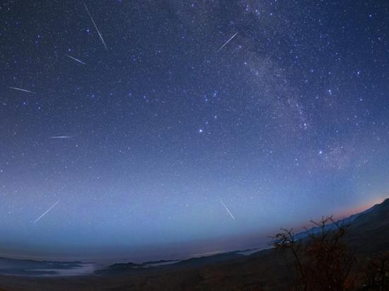 Самый мощный звездопад Лириды увидят новосибирцы впервые за 160 лет