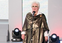 По мнению знаменитости, певица не поняла, куда пришла
