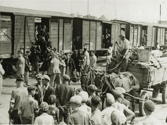 Антифейк: украинские дипломаты выдали узников гетто за жертв сталинской депортации