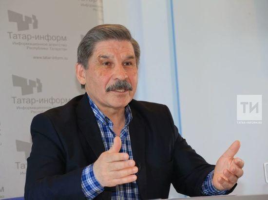 В Казани издательство КИУ выпустило книгу Роберта Миннуллина