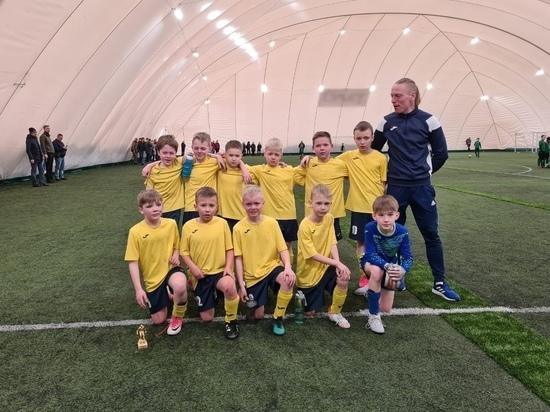 Петрозаводские футболисты вернулись с медалями с турнира в Петербурге