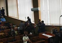 Советники ПДС спровоцировали драку на заседании мунсовета Кишинева