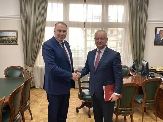 Игорь Додон обсудил доставку вакцины в Молдову с зампредом Госдумы РФ