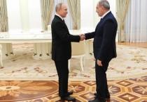 Почему Россия спасает премьера Армении: Пашинян в объятиях Кремля