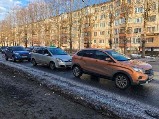Утром в Северодвинске произошло ДТП, в результате которого один человек получил травмы