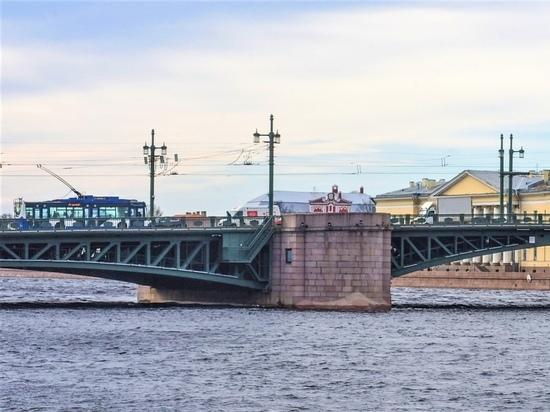 Сезон навигации начнется в Петербурге в ночь на 10 апреля