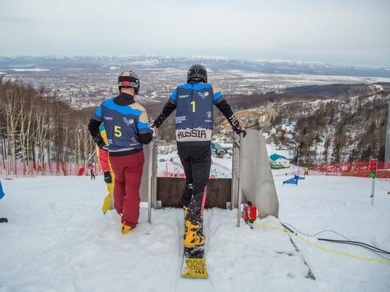 Золото чемпионата России по сноуборду забрала сахалинская спортсменка