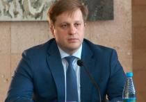Министр здравоохранения Алтайского края Дмитрий Попов был представлен к медали «За особый вклад в борьбу с коронавирусом», информирует сайт АКЗС.