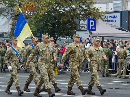 Украинские военные обустраивают минные заграждения возле Крыма