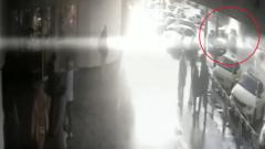 Жесткое столкновение каршеринга и такси в Москве попало на видео