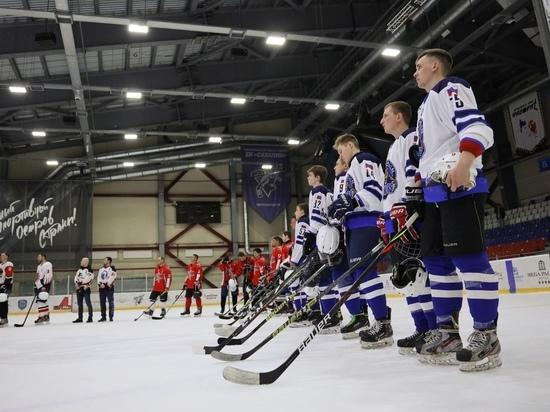 В одном сахалинском чемпионате по хоккею разыграют сразу 4 награды