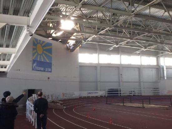 В Кирове во время соревнований на детей чуть не рухнула крыша