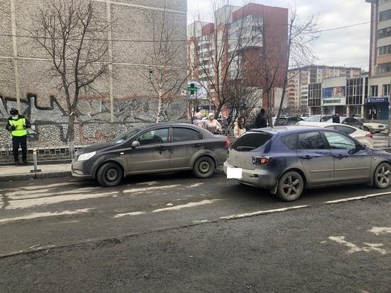 В Екатеринбурге автомобиль «Мазда 3» сбил 8-летнего мальчика