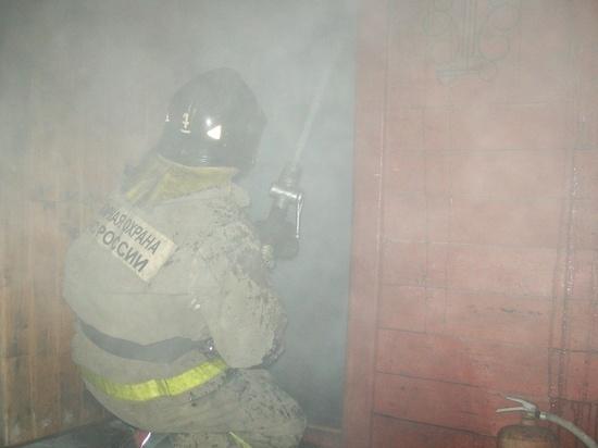 Под утро в Иванове 15 пожарных тушили загоревшуюся баню